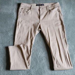 EUC Jordache Sz 12 tan skinny jeans